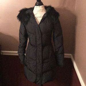 TAHARI BLACK FULLY LINED LONG PUFFER COAT